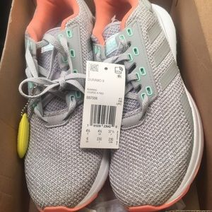 New Adidas women's size 6 running shoes grey